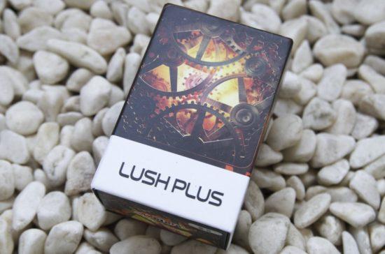 Lush plus 外箱画像